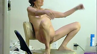 wifey Eise bare on peekshows