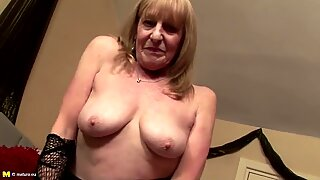 Old dirty granny with thirsty vagina