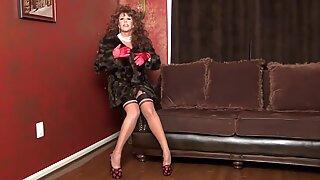 Fur Coat Diva