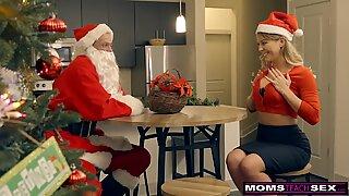 MomsTeachSex - Santa's mischievous Helpers In Christmas threeway