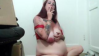 Smoking preggo Milf thick cupcakes