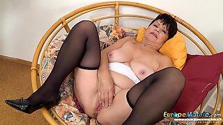 EuropeMaturE Hot Solo Masturbation with Vibrator