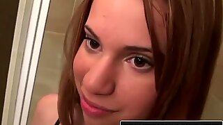 Reality Kings - Mae Olsen and Natalia Robles firm their first threesome