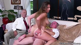 Old fat girl xxx Ivy impresses with her thick breasts and ass - Ivy Young